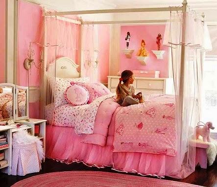 Desain Kamar Tidur Anak Perempuan Barbie 5 - 22 Desain Kamar Tidur Anak Perempuan Frozen, Hello Kitty, Barbie
