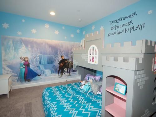 Desain Kamar Tidur Anak Perempuan Frozen 3 - 22 Desain Kamar Tidur Anak Perempuan Frozen, Hello Kitty, Barbie