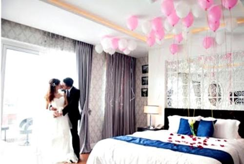 Wallpaper Desain Kamar Tidur Pengantin Romantis 10