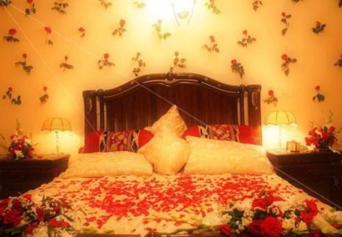 Wallpaper Desain Kamar Tidur Pengantin Romantis 17