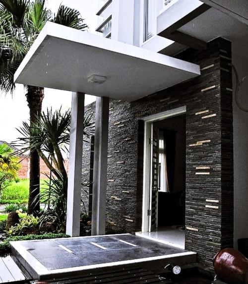 Dinding Tiang Teras Rumah Minimalis Batu Alam