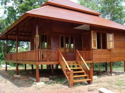 Rumah kayu berbentuk panggung