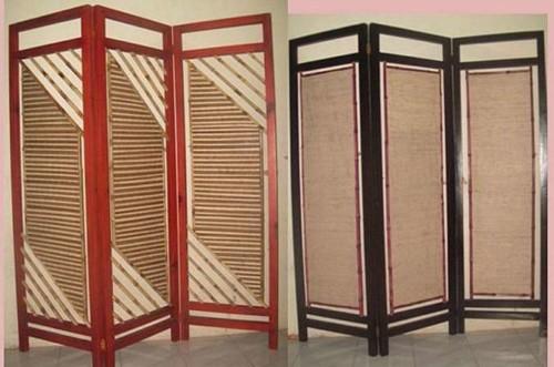 Sekat Ruangan dari Bambu dan Rotan