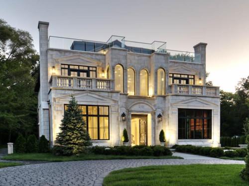 Rumah Mewah Bergaya Eropa