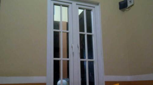 Kusen Pintu UPVC Minimalis