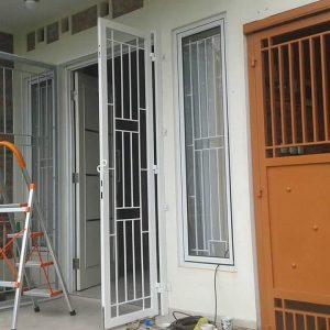 Gambar Teralis Pintu Minimalis Modern 10 - 22 Gambar Teralis Pintu Minimalis Rumah Modern 2018