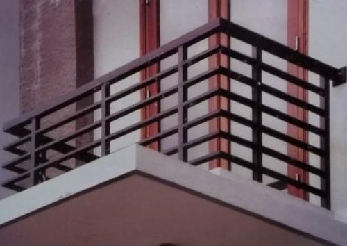 Pintu Jendela Balkon Minimalis
